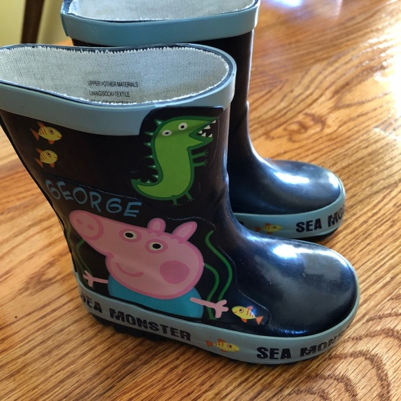 d219f8a44f2 George Pig (from Peppa Pig) rain boots toddler sz5.  M 5a899330d39ca26912abe56f